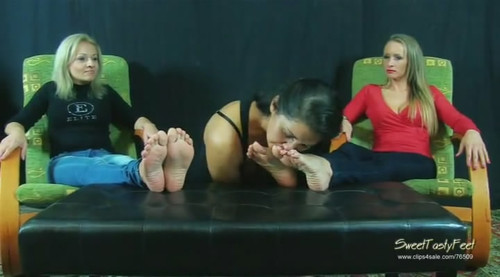 Foot sniffing HQ WMV