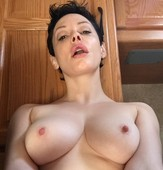wotwfz3f9t8u - Rose McGowan Nude And Sex Photos Leaked