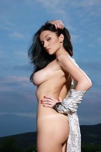 Eugenia-Diordiychuk-aka-Jenya-D.-aka-Katie-Fey-at-the-Pool-Ledge-b52dk6mo55.jpg