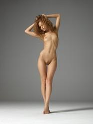 Julia pure nudes  m5oabtmqgy.jpg